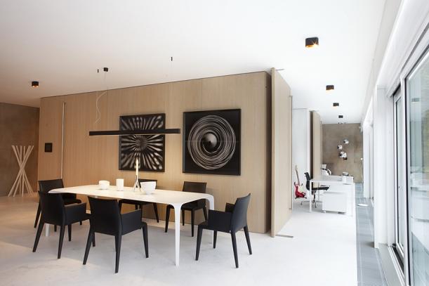 Interiér - Elegantní loft ateliéru Cakov and Partners