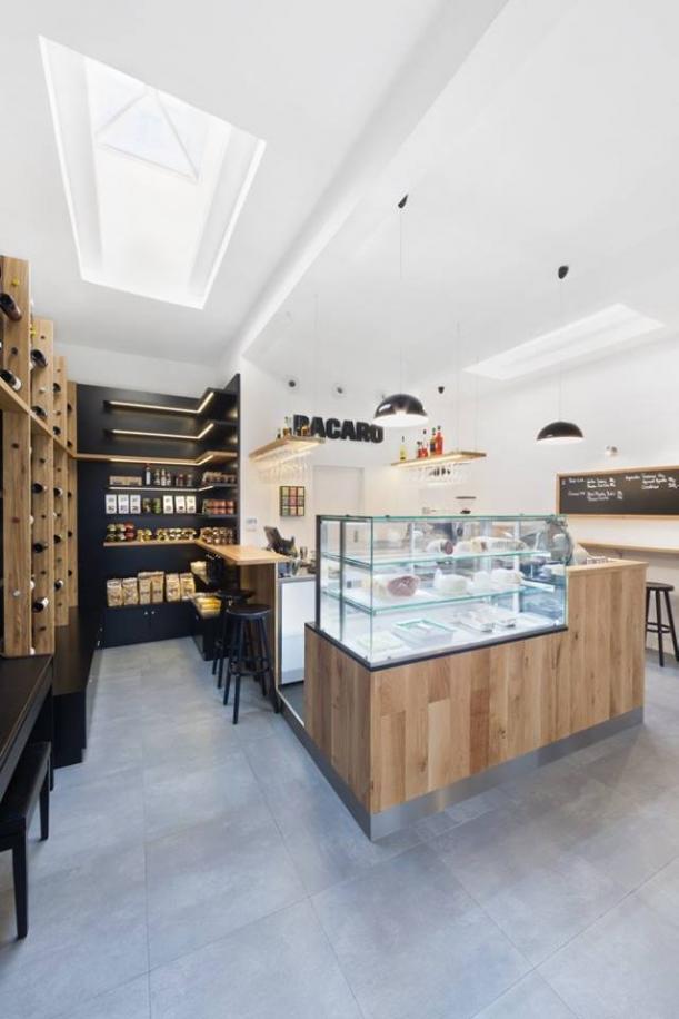 Bar / restaurace / café - Bacaro: Kde se dobré víno snoubí s minimalismem