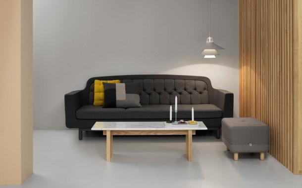 Nábytek - Úložné prostory i posezení: Dotek neobvyklých řešení