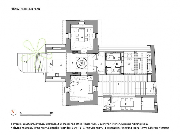 Interiér - A1 HOUSE: Černobílý klenot Hloubětína