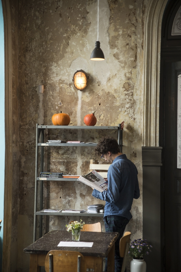 Bar / restaurace / café - Café Letka: Místo, kde stěny vyprávějí příběh času
