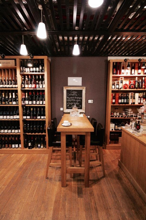 Bar / restaurace / café - Vinotéka U Mouřenína: Když víno udává atmosféru