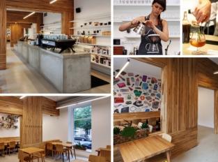 Kavárna Místo: Labyrint provoněný kávou a dřevem