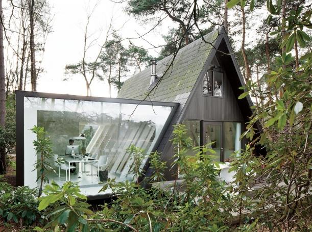 Nábytek - Skleněná přístavba v belgickém lese
