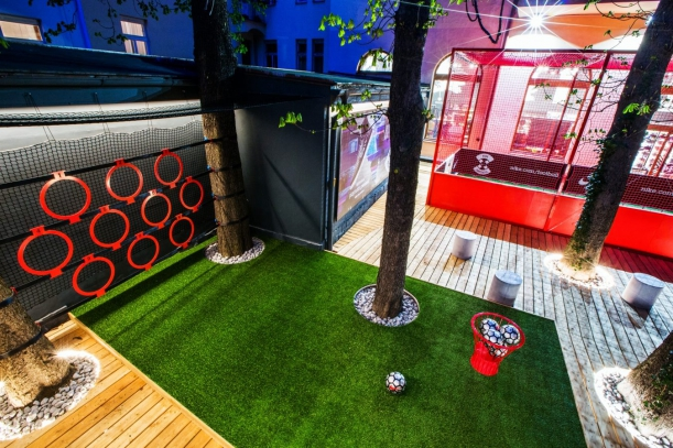 Obchod - Top4Football & deFORM: Když se fotbal střetne s designem