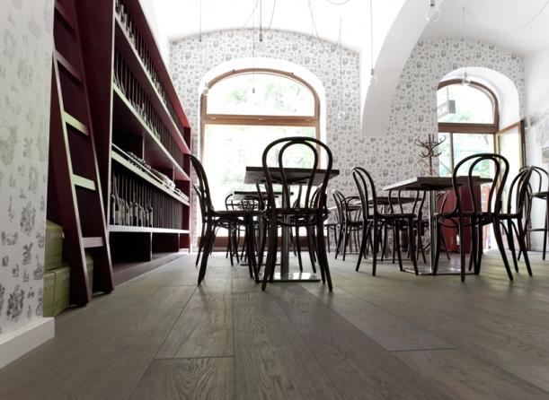 Bar / restaurace / café - Veltlin: Autentická atmosféra v Karlíně