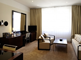 Maxmilian Hotel