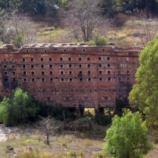 opuštěné stavby