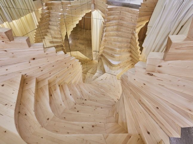 ACME - Točité schodiště