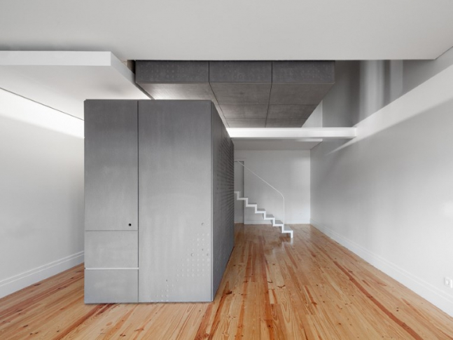 Loios Building - Modulární bydlení
