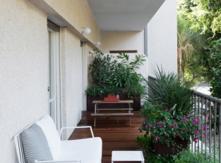 Bauhaus v Tel Avivu - terasa