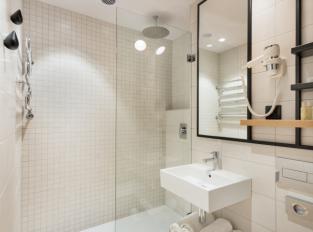 HOTEL VORONĚŽ - koupelna