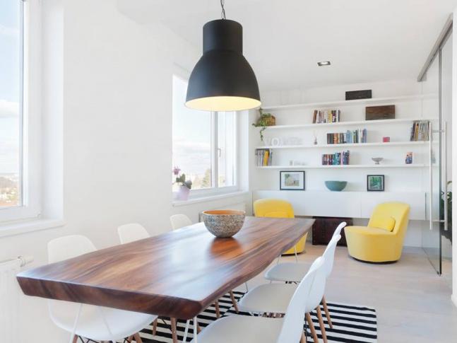Rekonstrukce bytu Malvazinky / jídelna