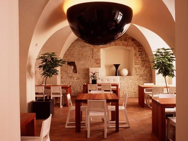 Kavárna a galerie 7_kavarna_galerie2
