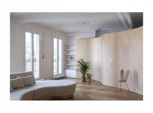 Dřevěná stuha v interiéru - obývací část