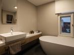 SQUAT iD23D koupelna horní patro