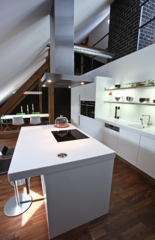 Dejvice Kuchyně půdního bytu