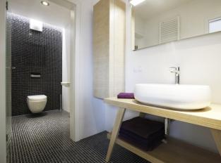 Byt v Praze 9 / koupelna