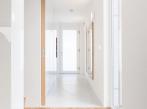 White&color - chodba boq-interier-rd-lysolaje-18