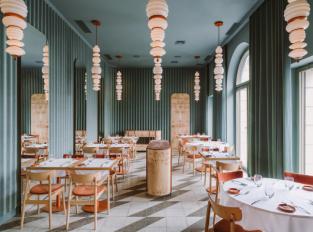 Varšavská restaurace OpaslyTom
