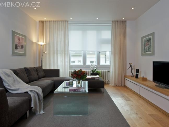 Byt po Adině Mandlové - obývací pokoj