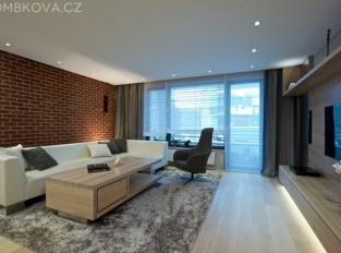 Byt v Praze - obývací pokoj