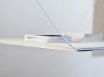 Architektonické řešení výstavy ReD 8 Detail upevnění vystavovaného objektu, foto Kryštof Hlůže