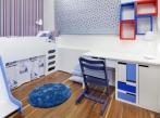 Klučičí dětský pokoj se skluzavkou