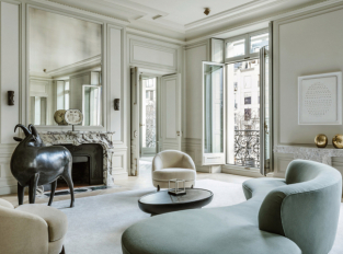 Avenue Montaigne Apartment
