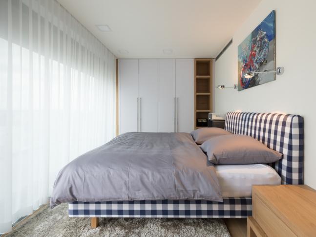 Mládenecký byt v Praze - ložnice