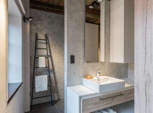 45m² - byt pro dva - koupelna