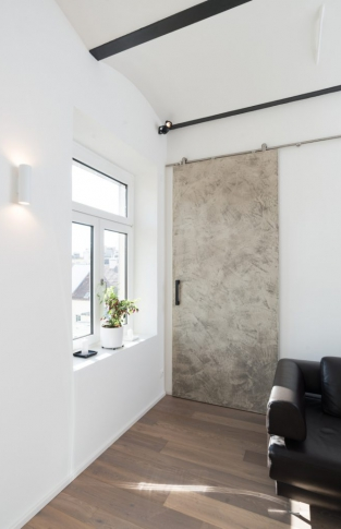 Atelier OOOOX - posuvné dveře