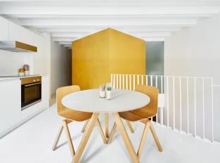 Zlaté krychle v centru dění - kuchyň