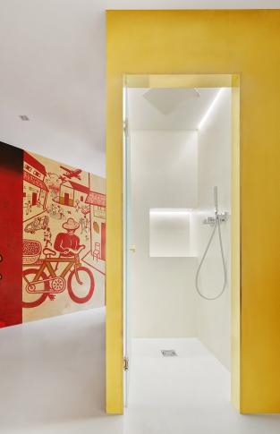 Zlaté krychle v centru dění - koupelny