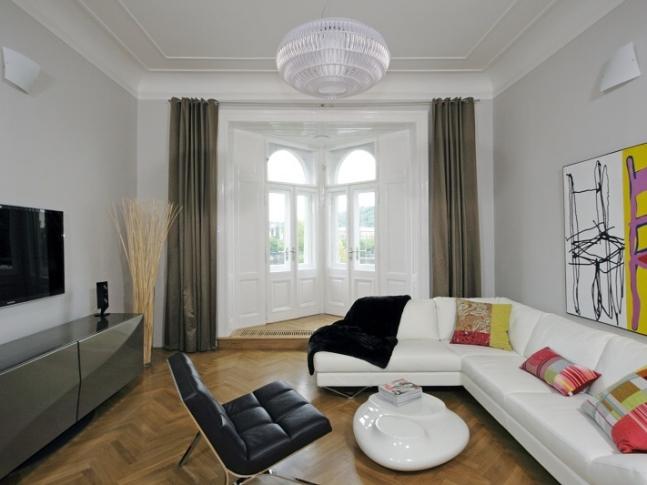 Masarykovo nábřeží 1 - obývací pokoj