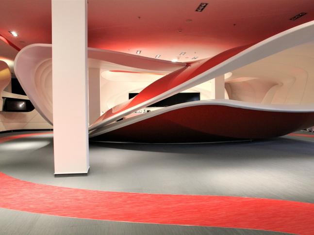 Podlaha z tkaného PVC ve Vodafone