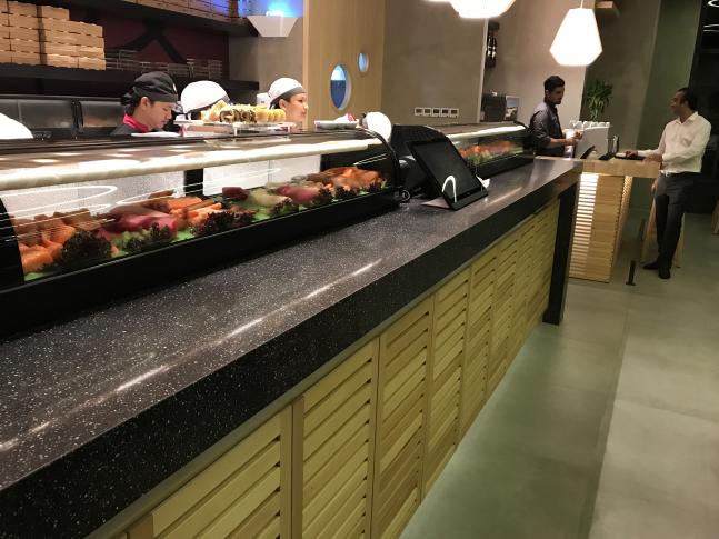 Interiér Sushi Baru v Lebanonu