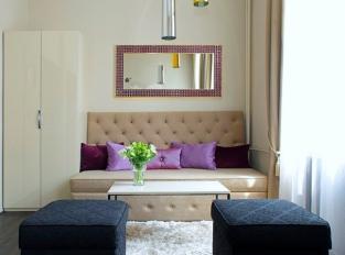 Jewel Hotel - amethyst
