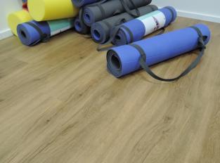 Podlahy v joga centru
