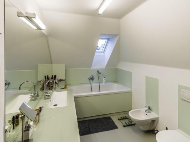Dům s laboratoří v Litomyšli - koupelna Dům s laboratoří v Litomyšli - koupelna