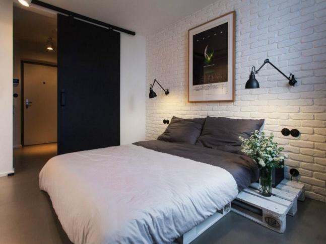 Půdní byt Krásova ložnice
