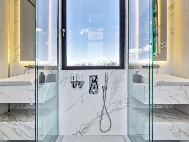 Koupelna David Meca & Neolith