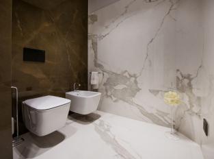 Toalety v La Dolce Vita
