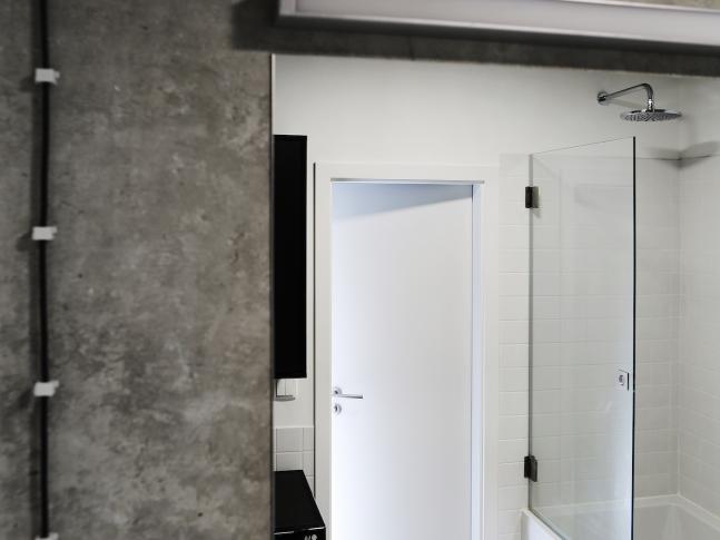 Betonový byt - koupelna