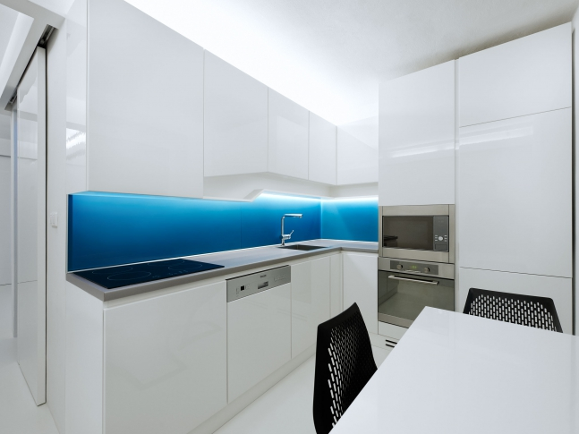 Bílý byt Next-Level-Studio_White-Apartment_13