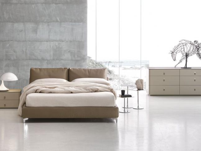 Ložnice s postelí Oasi