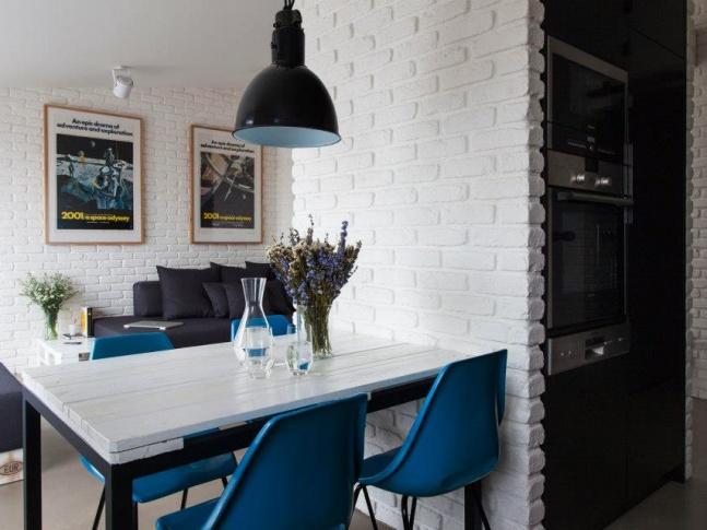 Půdní byt Krásova obývací prostor ob_krasova
