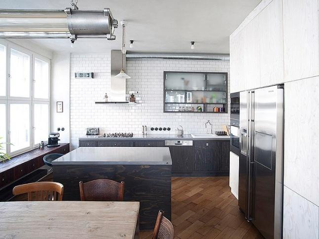 Byt pro milovníky umění - kuchyň Photo Saša Dobrovodský 1