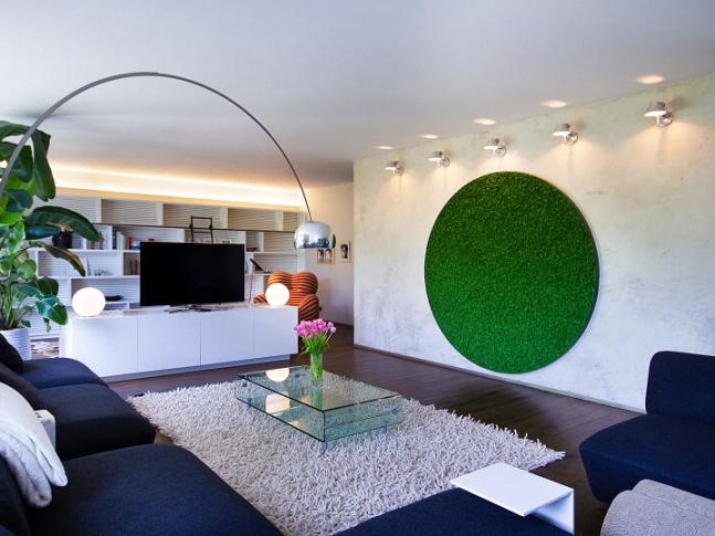 Mechový obraz v obývacím pokoji
