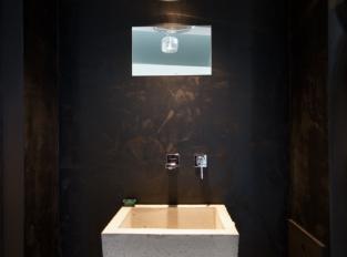 Černá koupelna - RD Osice